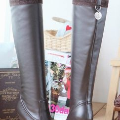 petite boots size 3