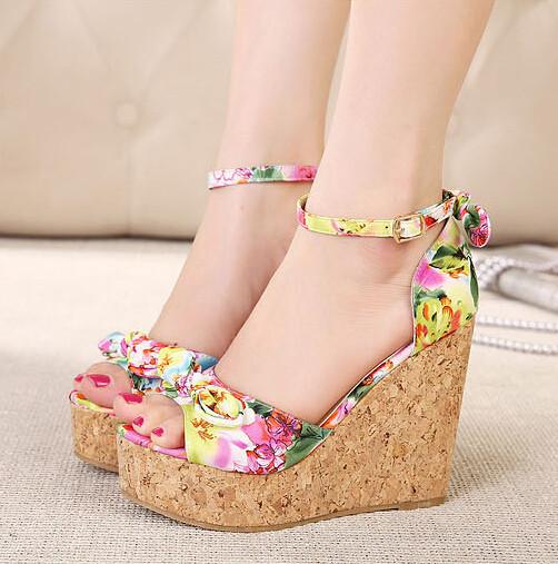 petite sandals
