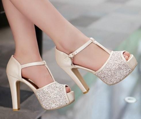 t strap petite size heels