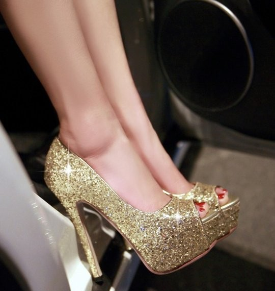 Prom Petite Pumps Size 2 and Up Open Toe Gold SParkles