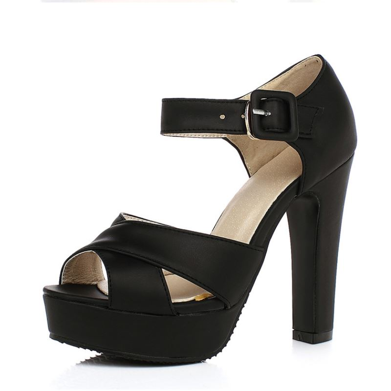 petite summer sandals