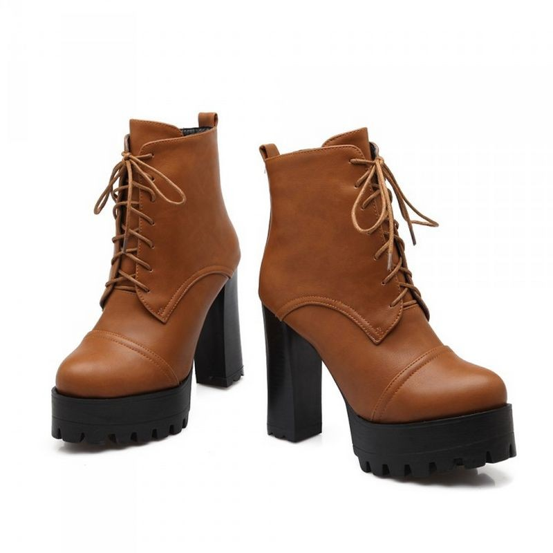 thick heel modern petite ankle boots